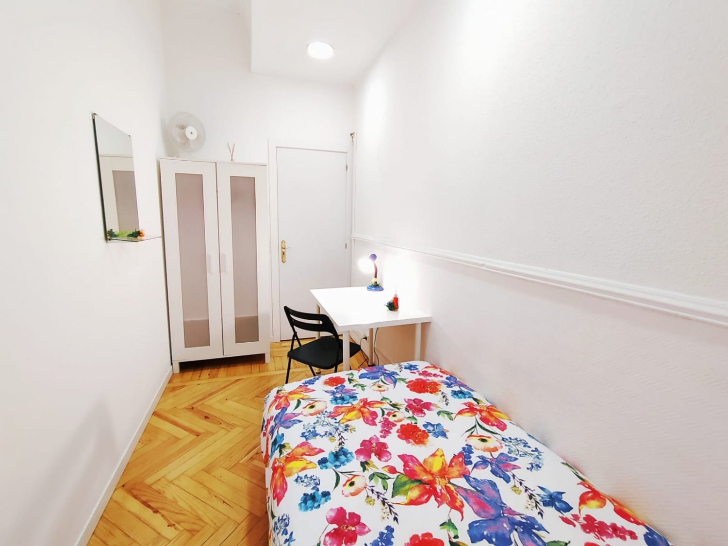 Rooms to rent in Madrid – Arguelles – ARGB12