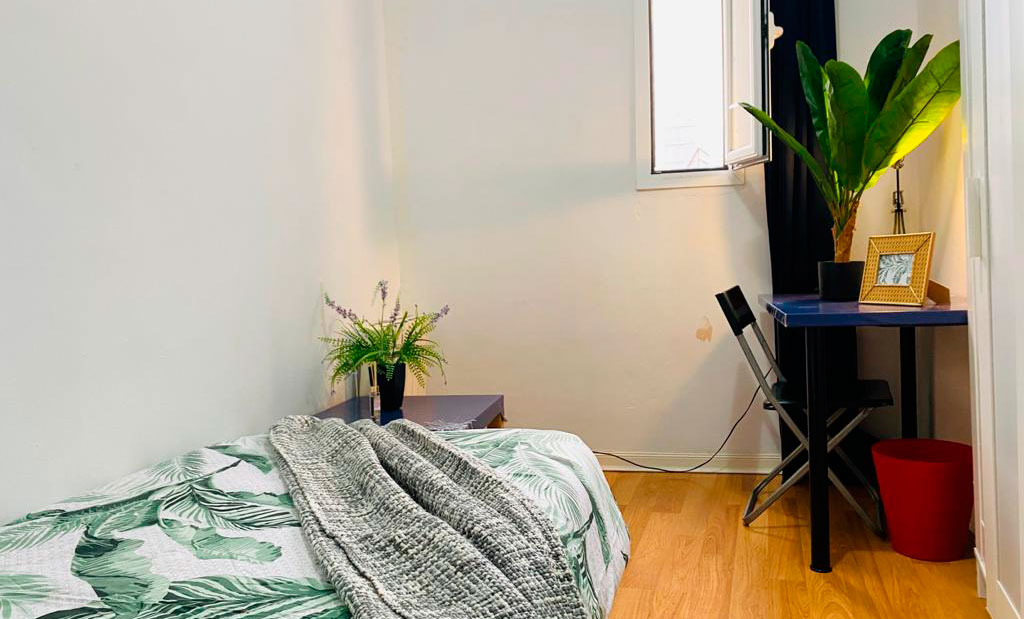 Lease a room in madrid – La Latina -PMD3